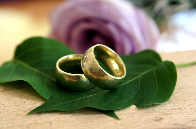 【愛してる】嫁に愛してると伝えた日から一年、嫁は赤ちゃんの手を握り天国へ・・・