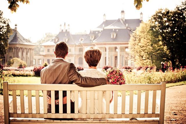 【二人の出会い】彼は4時間も待ちぼうけくらったのに怒りもしないで、私をひたすら慰め・・・