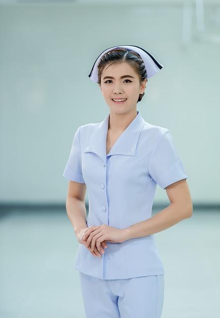 【恋を語る】30過ぎの俺が風俗に。そこで出会った彼女は白い肌、セクシーな唇…看護師だった。