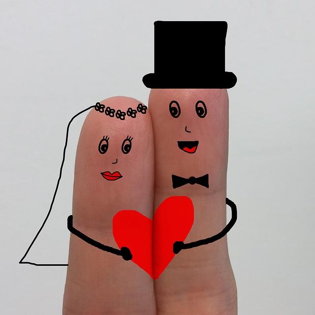 【嫁大好き】同じ職場の嫁。4年かかってプロポーズ、初めてのキス、そしていただきました