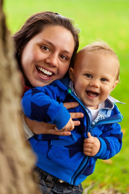 【びっくりポン】子供が1人から2人に増えただけなのに、家事育児の負担は2倍じゃなく4倍に…
