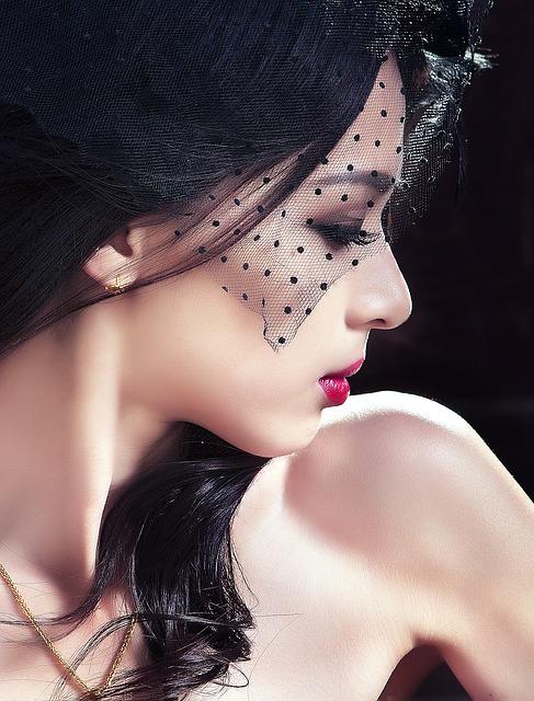 【びっくりポン】私は顔を整形したサイボーグ女。その秘密を彼氏に話してしまった…