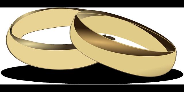 【嫁大好き】結婚指輪を外してた事で大喧嘩、でも『喧嘩した日は一緒にお風呂』で仲直り…