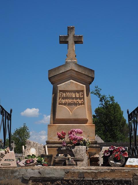 【衝撃】私の実兄25歳が心筋梗塞で死亡。その葬儀火葬場で母が私を炉に突っ込んだ…